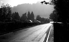 Pont Bochrwyd (Rhisiart Hincks) Tags: uisge glaw glav rain pluie euri euria gwy wye boughrood bochrwyd brycheiniog breconshire powys kembra wales cymru kembre gales galles drochaid droghad pont zubi pod šaldi bridge ponte silvery ariannaid ariannaidd archantet piriti puente brücke мост 桥 ue eu ewrop europe eòrpa europa aneoraip a'chuimrigh anbhreatainbheag 威爾斯 威尔士 wallis uels kimrio valbretland 웨일즈 велс เวลส์ ويلز uells ουαλία velsa blancinegre duagwyn gwennhadu dubhagusgeal dubhagusbán blackandwhite bw zuribeltz blancetnoir blackwhite