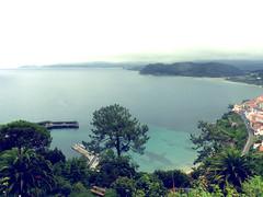 LLASTRES (Arantxa RN) Tags: blue espaa beach water azul spain agua asturias playa palmeras llastres doctormateo
