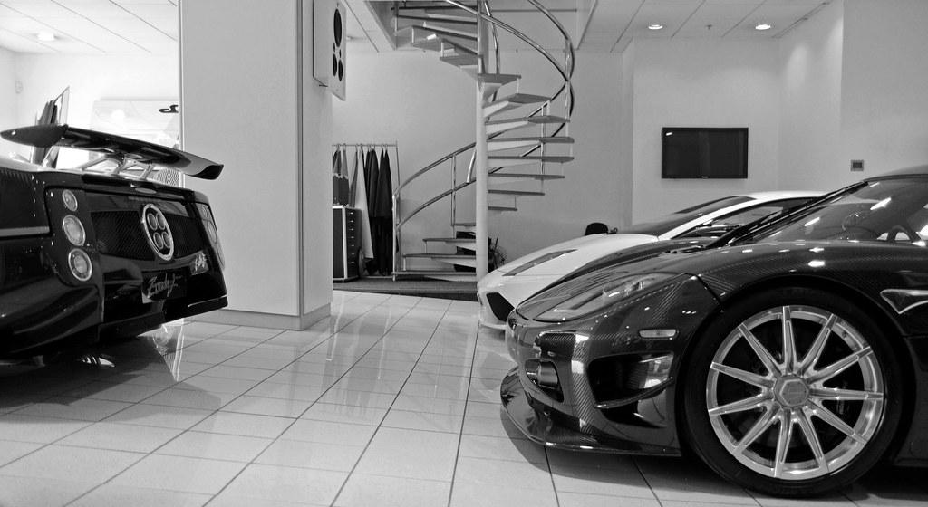FLTR: Pagani Zonda F Roadster Final Edition | Spyker C8 Laviolette | Lamborghini Murciélago LP640 Versace Edition | Koenigsegg CCXR Edition