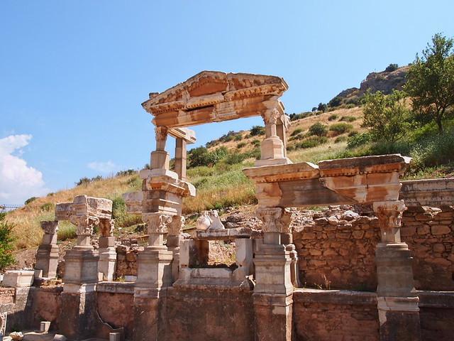 圖拉真噴泉Trajan Fountain