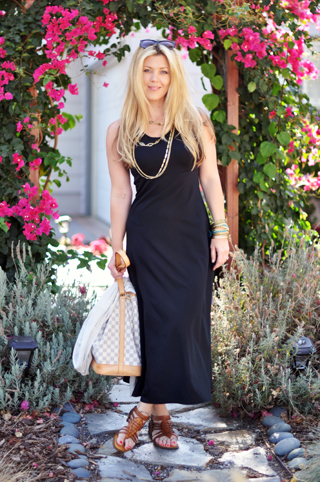 vintage maxi dress_DVF sandals_Louis Vuitton bag_vintage jewelry_long straight hair