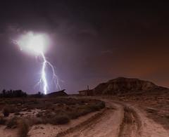 Tormenta en Bardenas I (martin zalba) Tags: night stars landscape star noche paisaje estrellas tormenta estrella bardenas