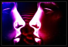 Neon Plastix (TonG FotoArt) Tags: art canon photography eos photo gesicht fotograf plastic tong schaufensterpuppe puppe fotoart 400d lameter photolensartifex tongfotoart