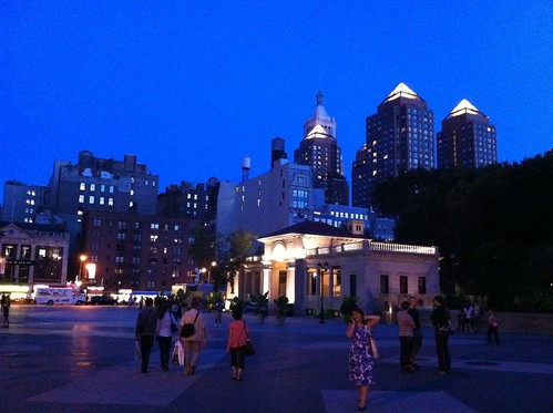 "Union square evening • <a style=""font-size:0.8em;"" href=""http://www.flickr.com/photos/28749633@N00/6075219080/"" target=""_blank"">View on Flickr</a>"