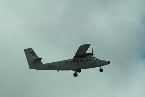 Isles of Scilly Skybus DHC-6 G-CEWM