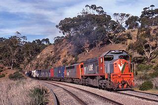 V/Line in the Hills