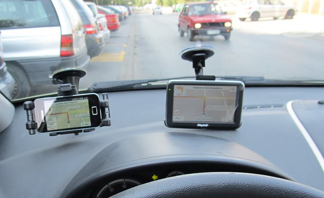 6085772476 99af47b1d0 z GPS navigator WayteQ x960BT