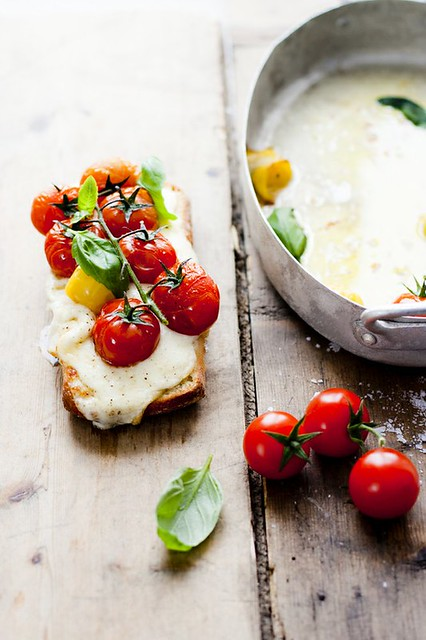 6 Helenal Junggren-Roasted Cherry Tomato Cheese Toast Bruschetta Idea