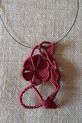 Girocollo con fiore Bordeaux Margarete (patty macram) Tags: collier collane girocollo macram macramgioielli macrambijoux macramlavori macramcollier macrampendenti macramimmagini