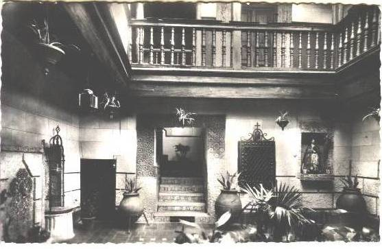 Patio toledano de la calle San Juan de Dios a comienzos del siglo XX