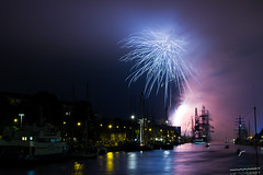 Fireworks @ Tall Ships Regatta, Turku 2011 (Aspiriini) Tags: longexposure turku fireworks ships aurajoki ilotulitus bo laivat jonilehto tallshipsregatta aspiriini tallshipsrace2011 tallshipsregatta2011