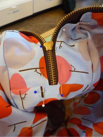 pinning lining around zipper