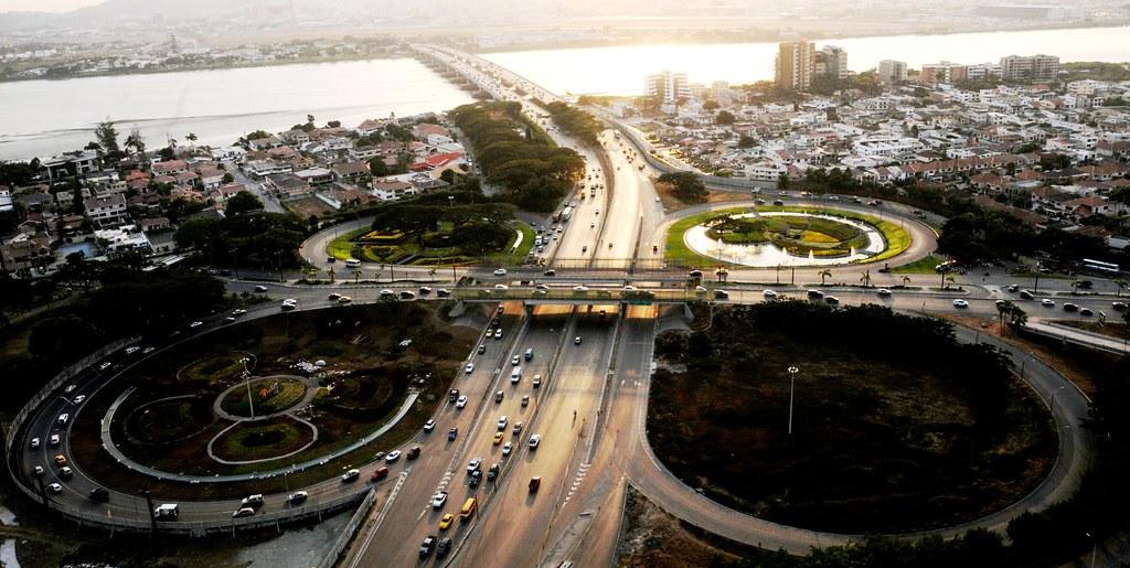 Resultado de imagen para ecuador puentes