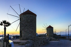 Ancient Windmills In Rhodes (neoBIT) Tags: sunset night clear greece gr rodos rhodes dodekanisou