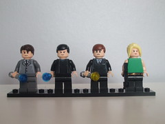 Lego Doctor Who 8 Collectible Mini-figure set (ArticSnow) Tags: pond amy who alien contest first doctor doctorwho tardis operation timelord