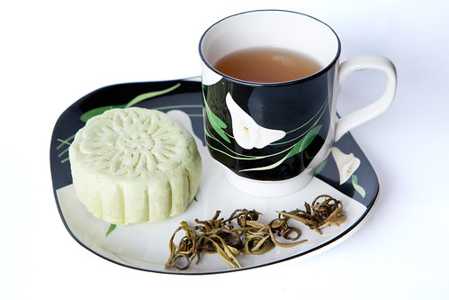 Dragon jasmine pearl tea (龍珠茉莉花茶)