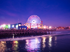 (red.dahlia) Tags: ocean color night pier losangeles waves clear ferriswheel santamonicapier santamonicabeach