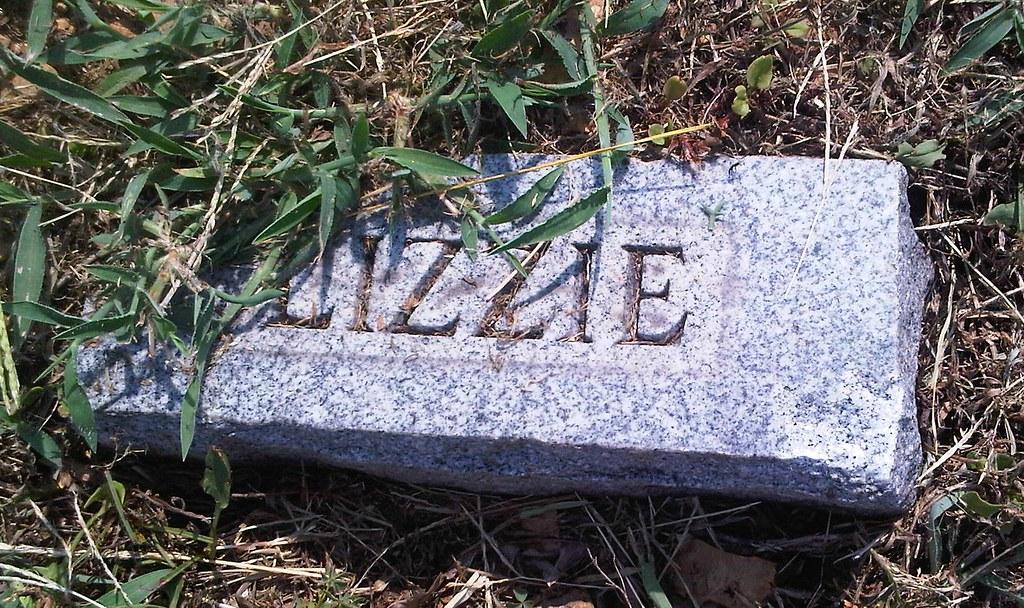"Margaret Elizabeth ""Lizzie"" Summers Footstone"