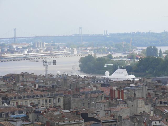Silver Cloud au milieu des habitations - Bordeaux - P9100005