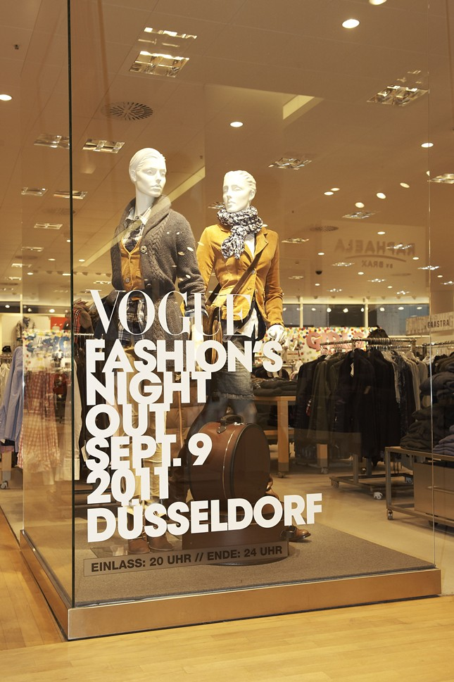 2 - Vogue_Fashions_Night_Out_Duesseldorf_Peek & Cloppenburg_010