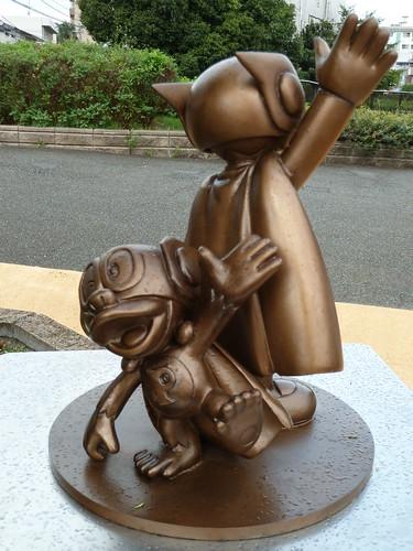 パーマンの銅像(ブービー側)