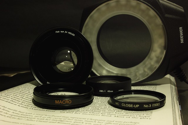 Close-up lenses and more for SIGMA DP1/DP2