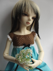 Enya and her new outfit (molannaDollClothes) Tags: girl dress crochet bjd pado dollmore