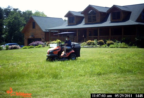 LawnMower2May2011GameCam