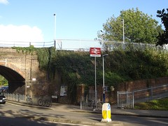 Picture of Thames Ditton Station