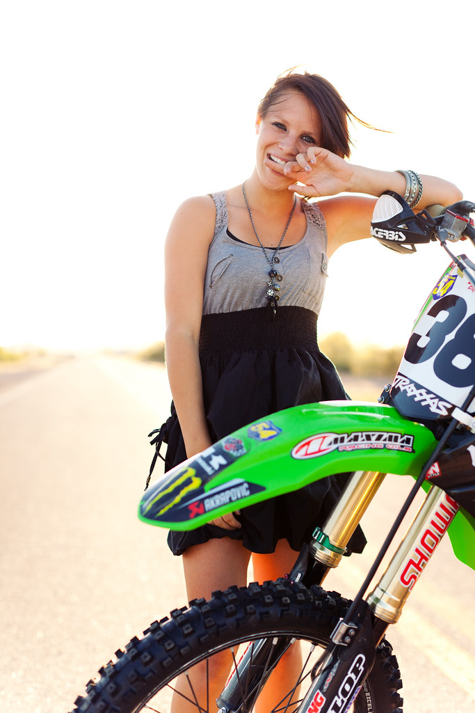 KelseyLovesGroovy-72