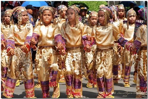 Kadayawan 2010: Manobo Kids | The Manobo, commonly known to
