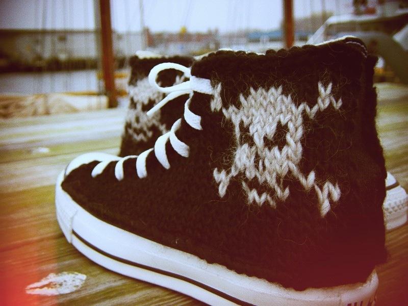 Knitwear Converse sneakers by PrettySneaky ETSY 3.jpg_effected
