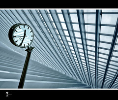 timelines (wolffslicht) Tags: time gare guillemins flickrstruereflection1 flickrstruereflection2 flickrstruereflection3 flickrstruereflection4 flickrstruereflection5 flickrstruereflection6 flickrstruereflection7 flickrstruereflectionexcellence
