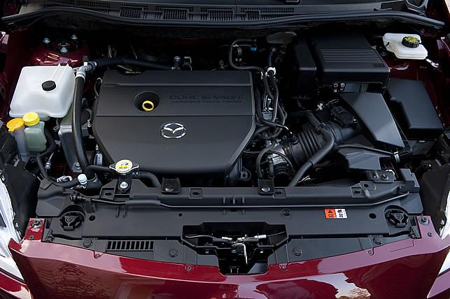 2012_mazda5_engine