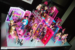 My Barbie Fashionista Haven 2 (Jacob_Webb) Tags: bear wild house pool car doll dolls girly sassy ken barbie cutie grill clothes patio artsy clones glam sweetie barbeque fashionista 2009 1962 sporty bff 2010 barbiehouse repro beac barbiecar beachcruiser 2011 barbiedolls kendolls dollshoes dollsbarbie barbiepets articulateddolls dollsken barbiefashionista barbiecutie barbiesassy barbieglamvacationhouse kenfashionista fashionistadolls barbie2011 barbieglampool barbiefashionista2011 2011barbie 2011fashionista dollsarticulated barbiewigwardrobe barbiebeachcruiser