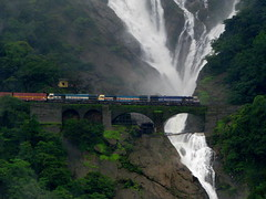 Passing the Dudhsagar (Jay fotografia) Tags: india tourism nature water sightseeing goa waterfalls greenery karnataka locomotives westernghats indianrailways irfca dudhsagarfalls doodhsagarfalls braganzaghats