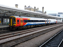 158770 Sheffield (Corin Heathcote) Tags: uk sheffield railway southyorkshire dmu class158 158770
