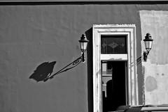 La sombra del farol (Carlos A. Aviles) Tags: door lamp puerta puertorico sanjuan farol