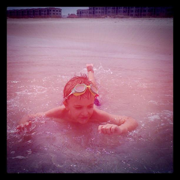 Eli swimming