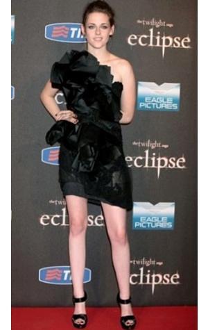 Kristen Steward little black dress