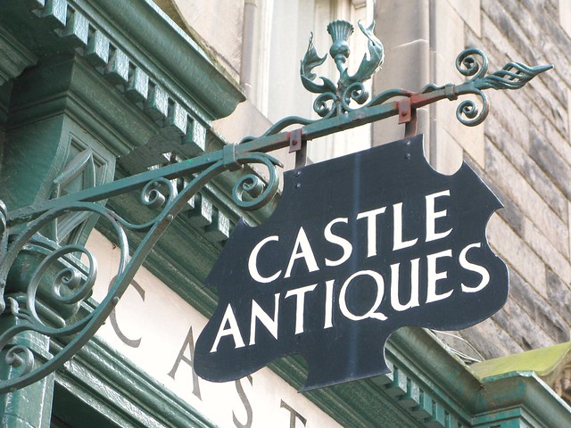 I love this Castle Antiques sign... :) | Emma Lamb