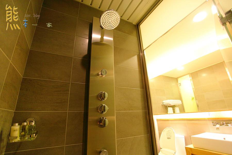 蘭城晶英酒店漾和風客房|石砌按摩浴缸|同棟還有新月豪華影城
