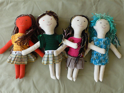 Four heart made dolls from Mamima collection by mamima project