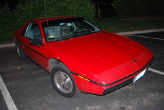 My Fiero, Fiero Nite at Augustino's (artistmac) Tags: auto cruise red chicago west sports car rock night illinois automobile gm general muscle il motors rockroll deli roll fiero pontiac westchicago coupe nite generalmotors augustinos