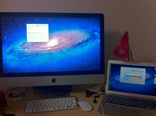 MacBook Airデュアルディスプレイ