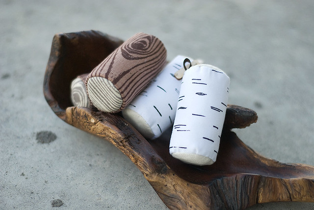 killside krafts - plush log keychains