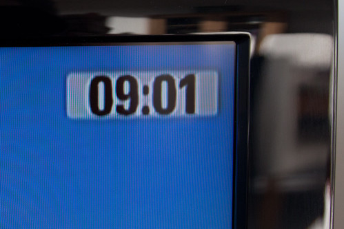 Когда начинается рабочий день в Париже?