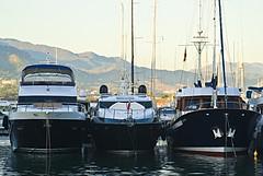 Cobaltus (El Templario) Tags: port boats puerto nikon barcos yacht yate d80 mygearandme