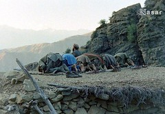 Mujahideen Offering Prayer (Pashtun Afghan) Tags: afghanistan 1988 afghan munz salah jihad pakhtun mujahid pashtun mujahideen jehad afghanwar jammat nemaz nimaz offeringprayer afghansovietwar mujahideens salahth