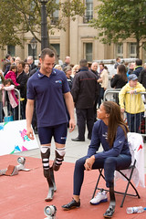 Oscar Pistorius & April Holmes paricipating in the International Paralympic Day event in Londons Trafalgar Square (Don McDougall) Tags: london oscar bladerunner trafalgar trafalgarsquare april blade holmes blades mcdougall pistorius oscarpistorius donmcdougall aprilholmes internationalparalympicday